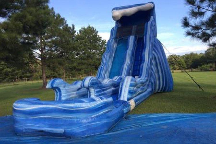 20' Tsunami dry slide